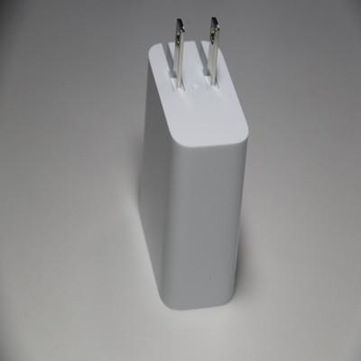 适配器电源(折叠型)注塑白色外壳
