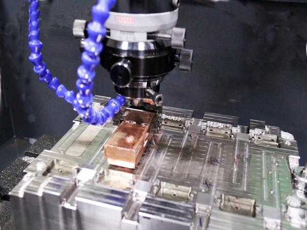 注塑加工的模具转换技巧是什么?立新塑胶教您